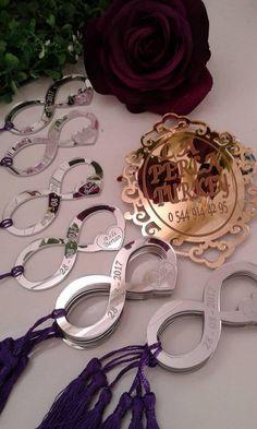 Paw Patrol Decorations, Best Wedding Favors, Name Design, Bracelet Crafts, Buttonholes, Plexus Products, Laser Cutting, Creative Design, Magnets