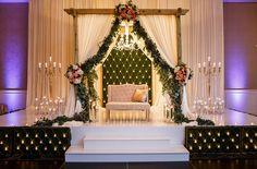 Dekorasi pelaminan pernikahan di rumah terbaru konsep modern elegan altar wedding things cover pages surabaya junglespirit Image collections