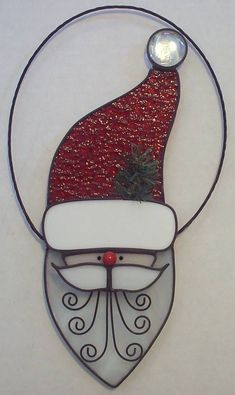 Santa in Glass and Metals Stained Glass Ornaments, Stained Glass Christmas, Stained Glass Crafts, Faux Stained Glass, Stained Glass Designs, Stained Glass Panels, Stained Glass Patterns, Glass Christmas Ornaments, Christmas Mosaics