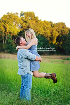 country engagement photo shoot Casey Kelley Photography