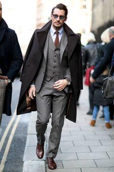 Abrigo y traje