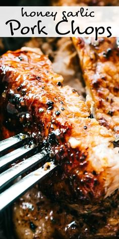 Honey Garlic Baked Pork Chops Incredibly tender and super juicy pork chops coated in a sticky honey garlic sauce and baked to a delicious perfection. If youre looking for an amazing bone-in baked pork cho Easy Pork Chop Recipes, Crockpot Recipes, Cooking Recipes, Best Pork Chop Recipe, Chicken Recipes, Keto Chicken, Healthy Chicken, Easy Cooking, Grilled Chicken