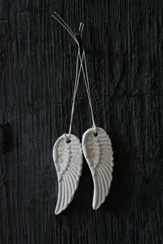 Caroline Swift Angel Wings | Savised ideed / Ideas for pottery ...