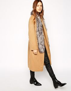 Buy Urbancode Skinny Faux Fur Scarf at ASOS. With free delivery and return options (Ts&Cs apply), online shopping has never been so easy. Get the latest trends with ASOS now. Workout Pants, Faux Fur, Fashion Online, Latest Trends, Duster Coat, Personal Style, Asos, Scarves, Style Inspiration