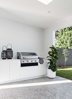 Home Interior Salas .Home Interior Salas House, Home, Outdoor Kitchen Design, Outdoor Living Design, House Inspo, House Inspiration, New Homes, Home And Living, Outdoor Kitchen