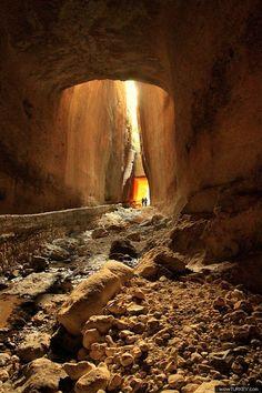 Titüs (Vespasianus)Tüneli  Samandağ Hatay Turkey