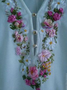 Wonderful Ribbon Embroidery Flowers by Hand Ideas. Enchanting Ribbon Embroidery Flowers by Hand Ideas. Ribbon Embroidery Tutorial, Hand Embroidery Dress, Embroidery Neck Designs, Embroidery On Clothes, Silk Ribbon Embroidery, Beaded Embroidery, Ribbon Art, Diy Ribbon, Ribbon Crafts