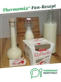 Raffaelo liqueur from DaUschi. A Thermomix ® recipe from the drinks category at www.de, the Thermomix ® community. Raffaelo liqueur Christa K. chrattik Likör u. Essig Raffaelo liqueur from DaUschi. A Thermomix ® recipe from the drinks ca Sour Cocktail, Cocktail Drinks, Strawberry Colada, Christmas Mocktails, Kneading Dough, Vodka Cocktails, Vegetable Drinks, Baileys, Milkshake