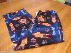 Boy's youth WWE world wrestling entertainment L large 10/12 sleep pants PJ NEW