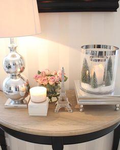 Ha en fin ettermiddag 😚 Entryway Tables, Christmas, Furniture, Design, Home Decor, Ideas, Xmas, Decoration Home, Room Decor