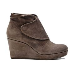 these coclico wedge boots need to make their way to my closet :)