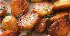 Petites pommes de terre croustillantes au parmesan Potato Recipes, Crepes, Salmon Burgers, Baked Potato, Barbecue, Pickles, Side Dishes, Grilling, Brunch
