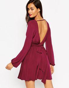 Image 2 - ASOS - Mini robe cache-cœur moulante à manches blousantes