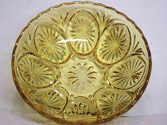 Vintage Anchor Hocking Amber Glass Star & Cameo Bowl