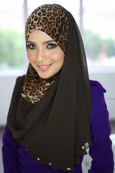 Muslim Women Fashion, Islamic Fashion, Beautiful Muslim Women, Beautiful Hijab, Hijab Dress, Hijab Outfit, Hijabs, Photo Hijab, Collection Eid