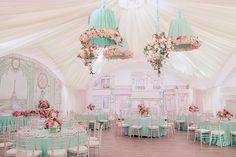Свадьба в стиле французского кондитерского дома Ladurée, место торжества