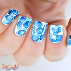 Bubbles nail art with acrylic paint | The Dalai Lama's Nails