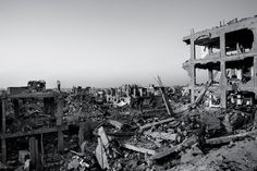 On the Ground in Israel and Gaza (Paolo Pellegrin and Peter Van Agtmael 2014)