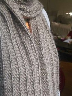 trico*bsession: cadeau de noël #5 : l'écharpe qu'elle en jette mais qu'elle est trop facile