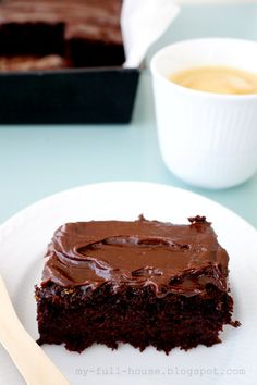 Szybkie ciasto czekoladowe z cukinią