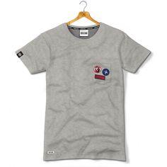 Koszulka z kieszonką z naszywkami