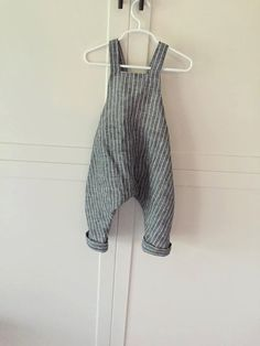 Your baby will be so comfortable wearing these linen custom made overalls. If you want me to make the same pattern in a different fabric that is an