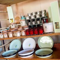 All stocked up at Swell Cafe & Store Jan Juc!! Gorgeous Christmas fragrances Fantastic Presents  Pricing from $9.95  so get in quick. Loving My Beach Kitchen Enamel Plates too.  #surfcoastcandles #gifts #xmaspresents #greatoceanroad #janjuccandles #torquay #janjuc @swell_cafe @mybeachkitchen by surfcoastcandles