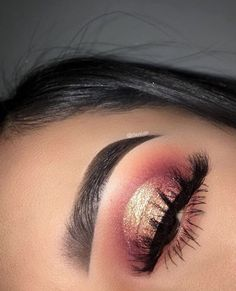 Eyeshadow Looks Idée Maquillage 2018 / 2019 : a Make-. - Eyeshadow Looks Idée Maquillage 2018 / 2019 : a Make-up-Idee - Baddie Makeup, Glam Makeup, Skin Makeup, Makeup Eyeshadow, Eyeliner, Eyeshadows, Eyebrows, Eyeshadow Ideas, Prom Eye Makeup