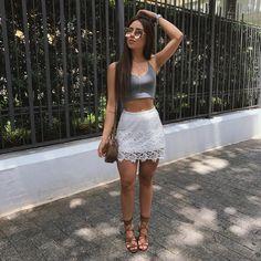 Como não amar o verão?! ❤️☀️ saia: @hbfoficial | cropped: @lmesper