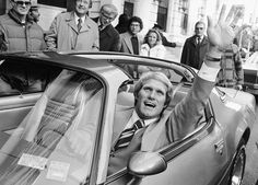 Terry Bradshaw wins a Corvette as MVP of Super Bowl XIV