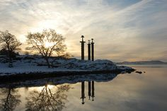 Sverd i fjell - Hafrsfjord Beautiful Norway, Stavanger, Travel Goals, Find Image, Beautiful Places, Country Roads, London, Explore, Nye