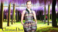 Показ Christian Dior Весна-лето 2014Рейтинг: /0ПодробностиОпубликовано 06.01.2014 16:50Просмотров: 1133Дизайнер Раф Симонс представил свою коллекцию весна-лето 2014 для Модного дома...