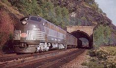 New York Central Railroad # 4076 New York Central Railroad, Standard Gauge, Train Pictures, Diesel Locomotive, Train Tracks, Model Trains, Michigan, Places To Go, Around The Worlds