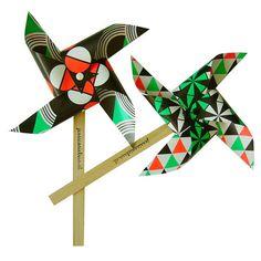 Bring Back Pinwheels! Green, orange, black - Jessica Nielsen - BijzonderMOOI* Dutch design online