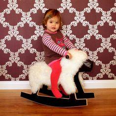 Rocking Sheep, детское кресло-качалка, одобренное целевой аудиторией