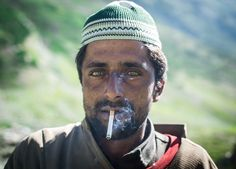 Meravigliose foto della popolazione indigena del Kashmir https://www.lonelyplanet.com/news/2017/10/12/photographer-images-kashmir-everyday-life/