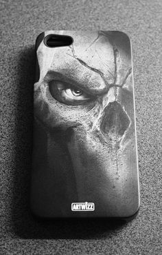 Artwizz Backcover for iPhone 5 with engrave from www. Laser Tattoo, Apple Iphone 5, Iphone Cases, 3d, Artwork, Cases, Work Of Art, Auguste Rodin Artwork, Iphone Case