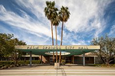 DO: driving tour of Mid-Century Modern Architecture. Pick up a map of Modern Palm Springs at the Visitors Center.