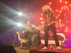 """""""@ROY6169: hohoho""""…. Adam fanning Brian's  guitar at the Prague concert . love these two."""