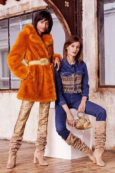 Paule Ka Pre-Fall 2019 Fashion Show Collection: See the complete Paule Ka Pre-Fall 2019 collection. Look 15 Fur Fashion, Fashion News, Fashion Trends, Paule Ka, Vogue Russia, Fashion Show Collection, Autumn Winter Fashion, Fashion Spring, What To Wear