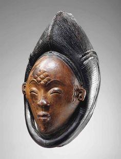 Masque Punu Okuyi Punu Mask, Okuyi Gabon Hauteur: 30 cm. (12 in.)