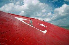 Kırıkkale'de Bulunan Dünyanın En Büyük   '' TÜRK BAYRAĞI ''