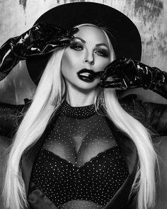 Goth, Gloves, Black And White, Lady, Instagram, Women, Style, Fashion, Gothic
