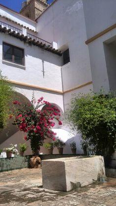 Patio de los Novicios en San Jerónimo