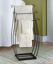 Freestanding Metal Towel/Quilt Rack is great for the bathroom, family room, bedroom and more. This sturdy space-saver has 3 separate tiers for holding&n Iron Furniture, Steel Furniture, Furniture Storage, Bedroom Storage, Bedroom Decor, Towel Rack Bathroom, Towel Racks, Wrought Iron Decor, Bedroom Flooring