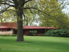 """The other Frank Lloyd Wright house """"right around the corner"""" in Oskaloosa"""