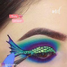 MERMAID CREATIVE EYE MAKEUP LOOK #colorfulmakeup #creativemakeup # #Einfach #Einfach #FürTeenager #Sommer #Eyeliner #Lidschatten #Koreanisch Mermaid Eye Makeup, Disney Eye Makeup, Fish Makeup, Mermaid Eyes, Little Mermaid Makeup, Movie Makeup, Mermaid Mermaid, Mermaid Hair, Eye Makeup Steps