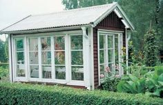 making a greenhouse out of old windows Outdoor Spaces, Outdoor Living, Window Greenhouse, Wooden Greenhouses, Conservatory Garden, Garden Yard Ideas, She Sheds, Home Landscaping, Old Windows