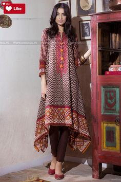Khaadi Mid Summer 2017 Price in Pakistan famous brand online shopping, luxury embroidered suit now in buy online & shipping wide nation. Simple Pakistani Dresses, Pakistani Fashion Casual, Pakistani Dress Design, Pakistani Outfits, Indian Fashion, Stylish Dresses For Girls, Simple Dresses, Casual Dresses, Frock Fashion