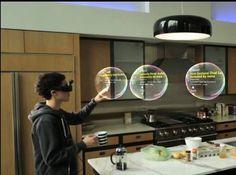 Un exemple d'application du système de réalité augmentée de Meta tiré de sa vidéo de démonstration. Dans ces bulles en relief figurent des actualités que l'utilisateur consulte en les faisant défiler avec la main. Les lunettes sont équipées de verres transparents de telle sorte que l'on peut se déplacer tout en étant immergé dans un environnement virtuel. Les créateurs de jeux vidéo tiennent là un outil prometteur.